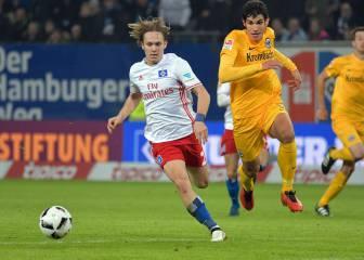 El técnico del Eintracht se rinde a Vallejo: