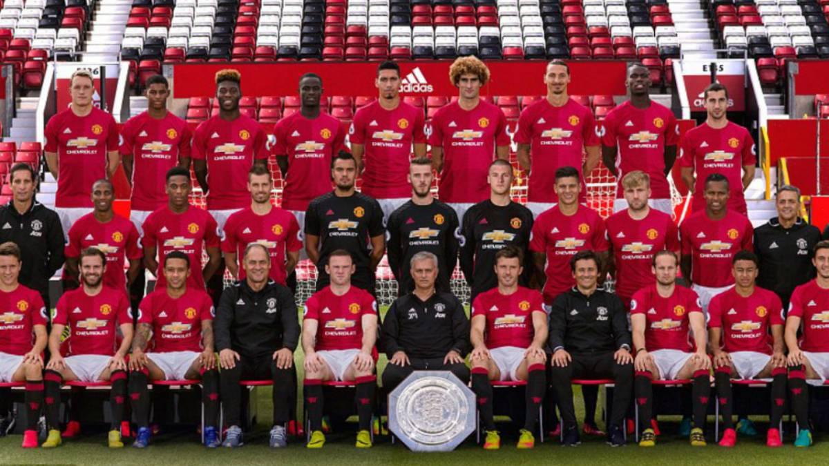 Schweinsteiger no estuvo presente en la foto protocolar del Manchester United
