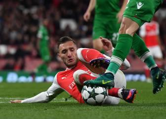 Wenger crítica al que lesionó a Lucas: