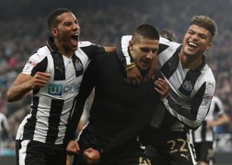 El Newcastle de Benítez gana y retiene el liderato