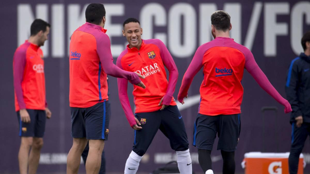 Luis Enrique cita a todos los futbolistas que tiene disponibles