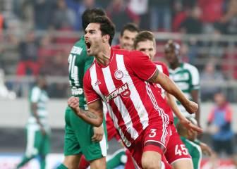 El Olympiakos gana fácil el clásico griego y es más líder