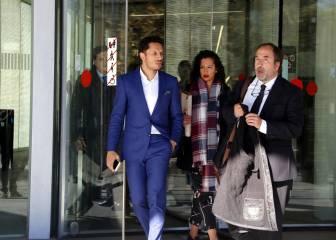 Adriano declara por fraude fiscal y niega todos los cargos