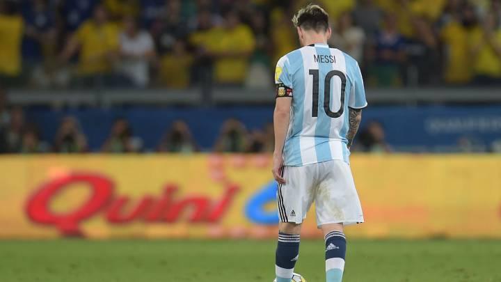 Así jugó Messi: Náufrago perdido en un océano de mediocridad