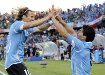 Forlán cree que Luis Suárez no es tan bueno como Messi