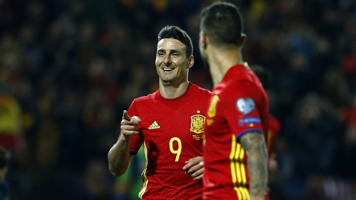 Aritz Aduriz be es the oldest ever goalscorer for Spain AS