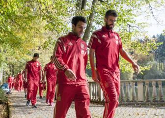 Cesc declina la invitación para animar a España; Piqué sí estará