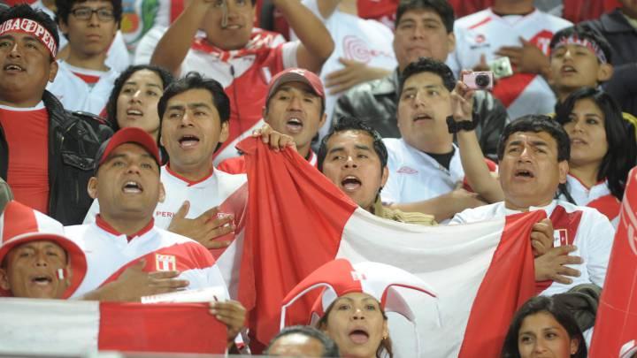 La plegaria de los aficionados peruanos para vencer a Brasil