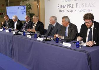 """""""Para hablar de Puskas hay que ponerse en pie siempre"""""""