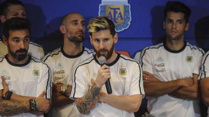Messi anuncia que Argentina no hablará más con la prensa