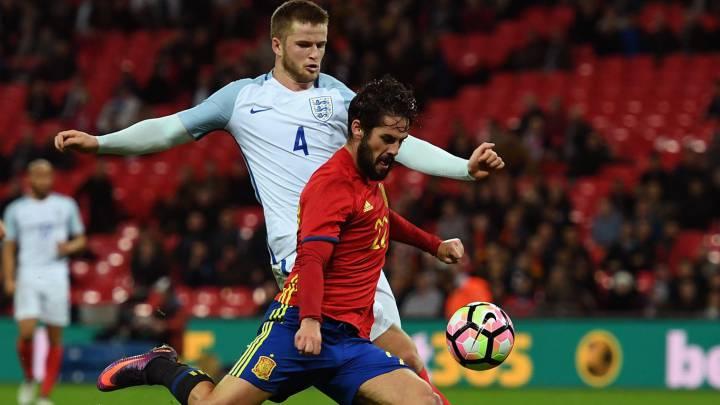 Isco Alarcón, haciendo el gol del empate en el descuento en el amistoso entre Inglaterra y España, que acabó 2-2 en Wembley.