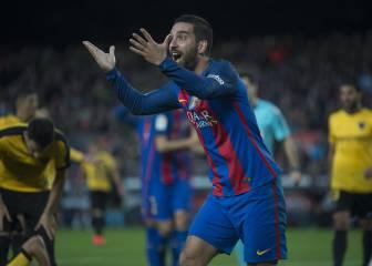 El Barça pinchó y Arda, a lo suyo: