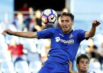 Jorge Molina liquida al Zaragoza y da vida al Getafe