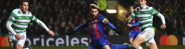 Leo Messi, haciendo el 0-1 en Celtic Park en partido del grupo C de la Champions League entre Celtic y Barcelona.