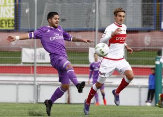 Entre el Sanse y el árbitro desploman al Castilla (2 - 1)