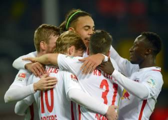 El Leipzig tumba al Schalke y sigue líder en la Bundesliga