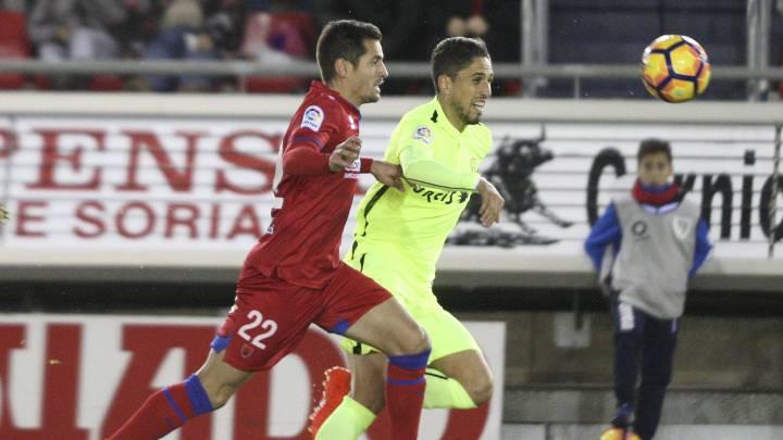 Mateu da la victoria al Numancia ante un Almería que no reacciona