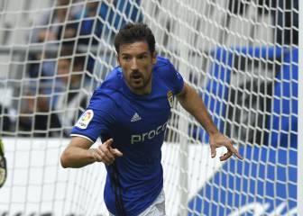 Un gol de Toché devuelve al Oviedo a puestos de playoff