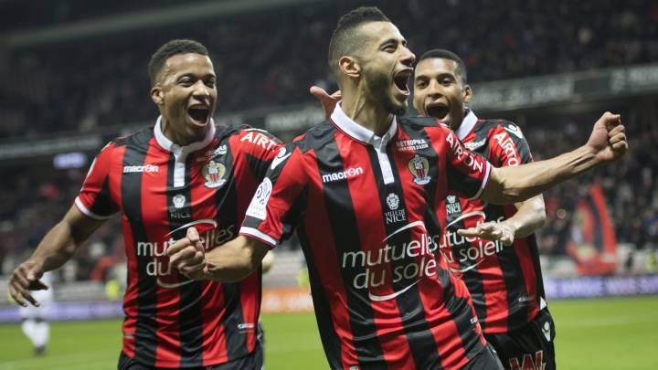 Los jugadores del Niza celebran un gol