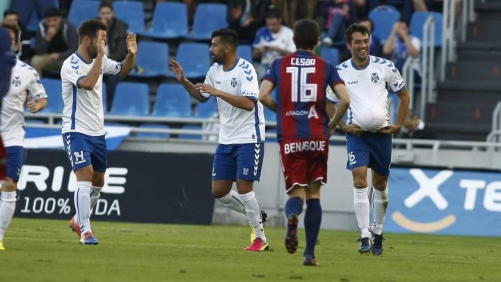 Gol de Aitor Sanz en el Tenerife vs Huesca