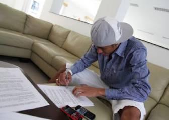 Los increíbles secretos de los contratos de algunos futbolistas