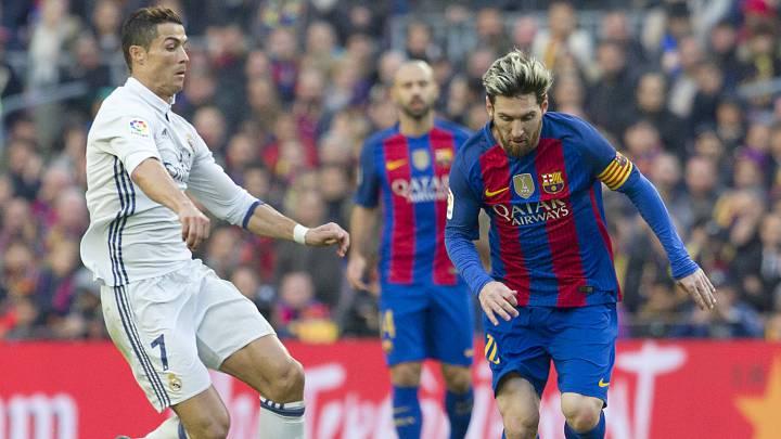 Messi y Cristiano Ronaldo en un partido