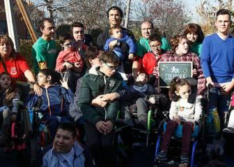 El Cristiano más solidario: visitó a niños con parálisis cerebral
