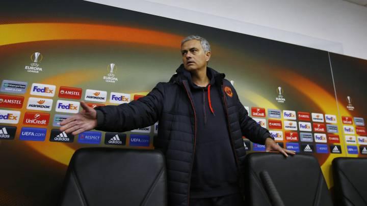 Mourinho \'llora\' por el frío de Ucrania y los horarios Premier