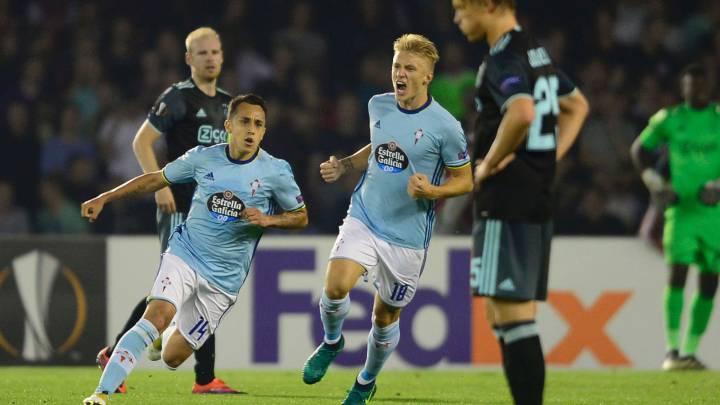 Orellana, jugador del Celta, celebra un gol ante el Ajax en la fase de grupos de la Europa League.