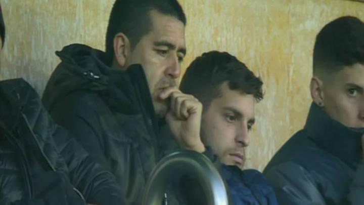 Juan Román Riquelme, en El Madrigal viendo el Villarreal-Steaua de Bucarest de la fase de grupos de la Europa League.