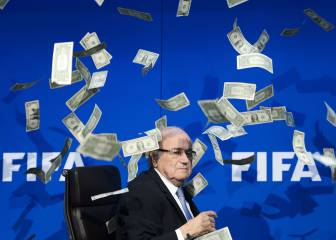 Blatter ataca a Infantino y dice que