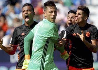 Diego Alves sigue su racha: para su penalti número 23