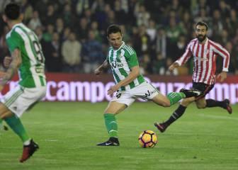 Un gol de Rubén Castro saca al Betis de la zona peligrosa