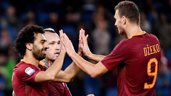 Mohamed Salah, Edin Dzeko y Ragja Nainggolan, jugadores de la Roma.
