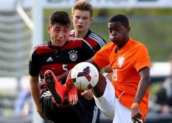 El Manchester United se fija en una 'perla' del Ajax de 15 años