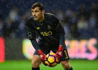 El Oporto de Casillas vence al Marítimo y se acerca al Benfica