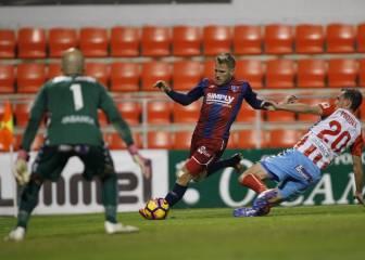 Joselu rescata un punto de penalti para el Lugo