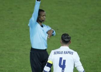 Janny Sikazwe explica por qué no expulsó a Ramos en la final