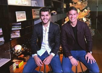Morata felicita las fiestas acompañado por James