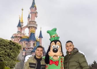 Casemiro y Keylor Navas, Navidad en Disneyland Paris
