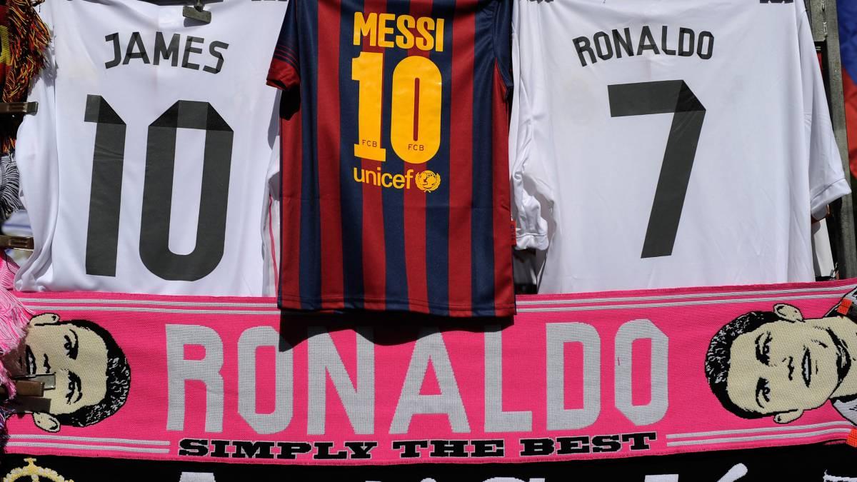 6738376eff45f El Real Madrid vende 370.000 camisetas más que el Barcelona
