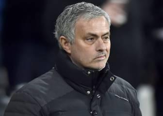 Un exentrenador del United carga contra el club y Mourinho