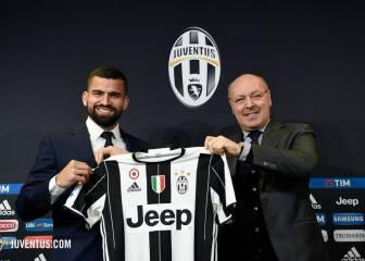 Tomás Rincón es presentado como jugador de la Juventus
