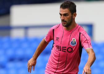 Adrián vive un calvario: apartado del Oporto y en busca de equipo