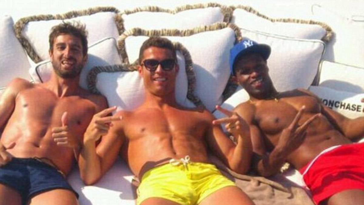 Un amigo llamó a Cristiano Ronaldo porque sus compañeros de equipo no creían su amistad