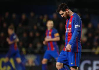 Messi rescata a un Barça sin suerte; 'Jona' jugó 90'