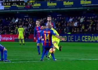...Y no señaló otro al Villarreal por mano de Mascherano