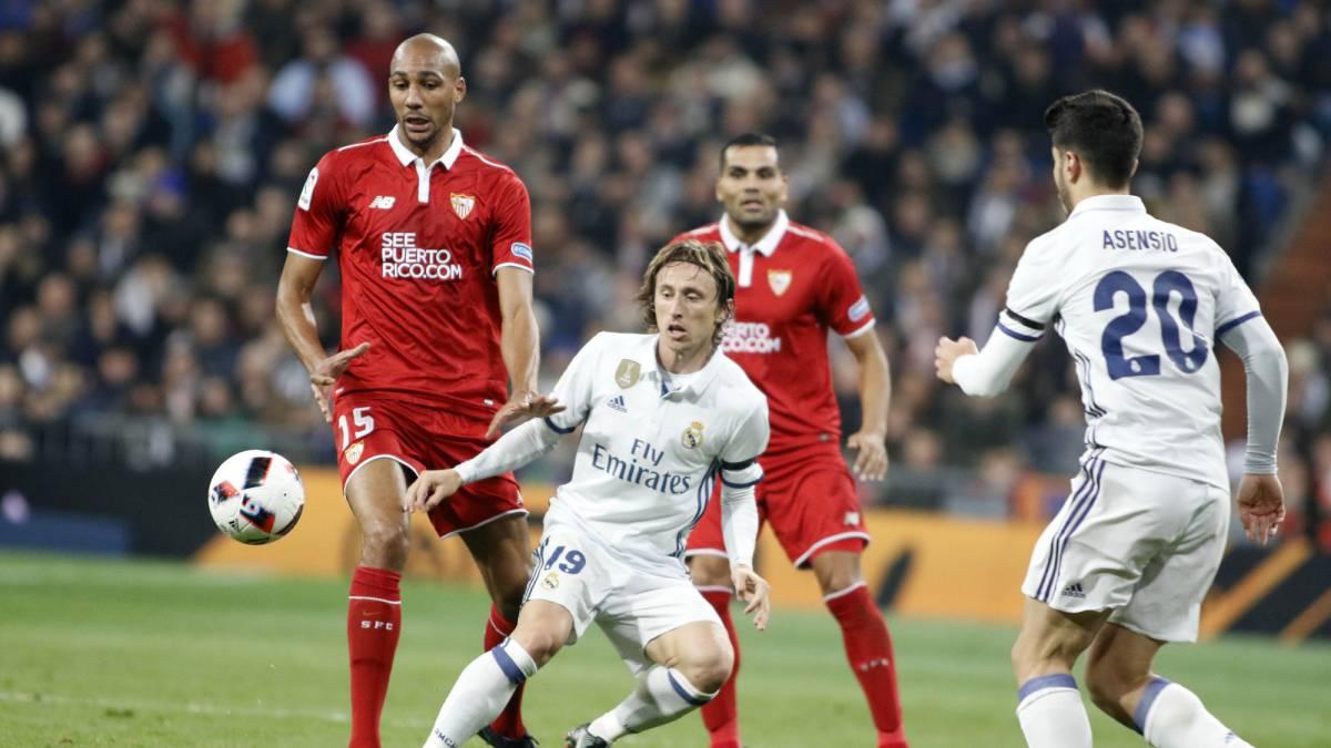 Horario cómo dónde ver el Sevilla vs Real Madrid en directo y en vivo Copa del Rey 2016 2017 por TV online Internet televisión