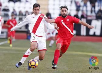 Embarba rescató al Rayo ante un Sevilla Atlético combativo