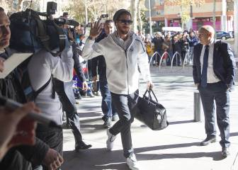 Ramos hailed by fans as he arrives in Sevilla